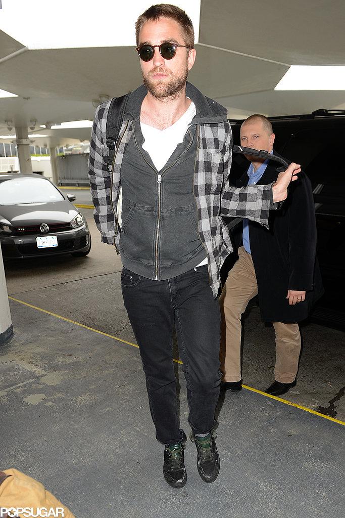 Robert Pattinson Returns to LA After a Mini Big Apple Trip