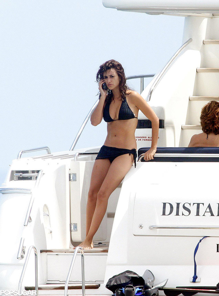Penélope Cruz spent time on a yacht with her family during a trip to Ibiza in August 2006.