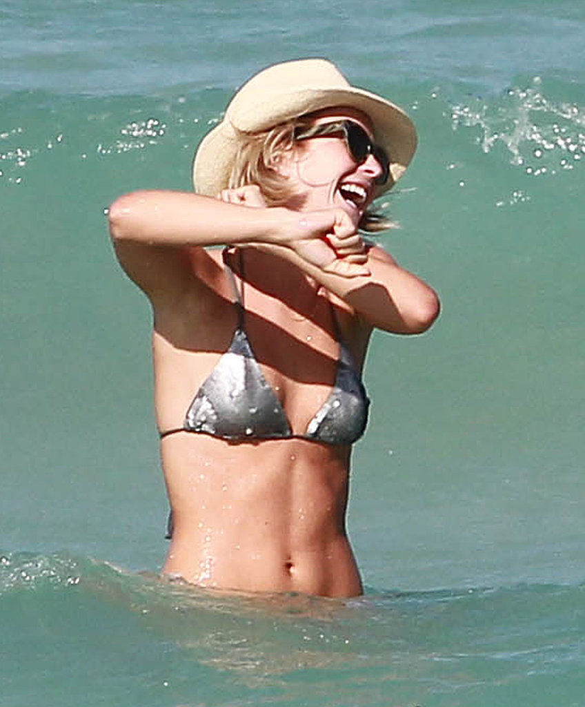 Julianne Hough splashed around in Miami.