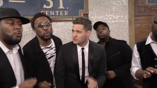 Video: We Have Video of Michael Bublé Singing in a Surprise NYC Subway Station Performance and More!