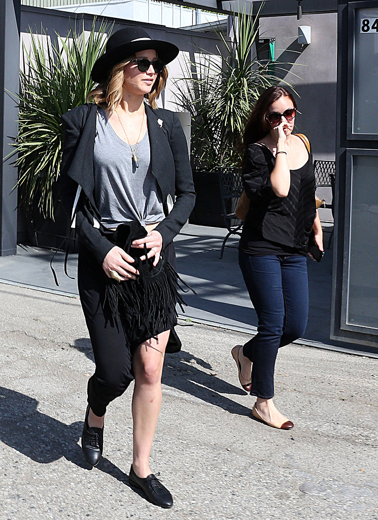 Jennifer Lawrence and a Friend Browse Around Vera Wang Together