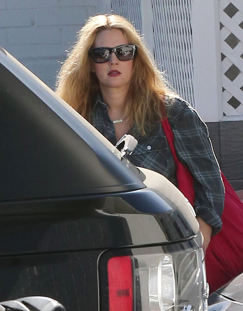 Drew Barrymore Goes Blonde at a Salon With Emily Blunt