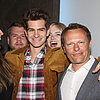 Emma Stone Photobombs Andrew Garfield | Photos