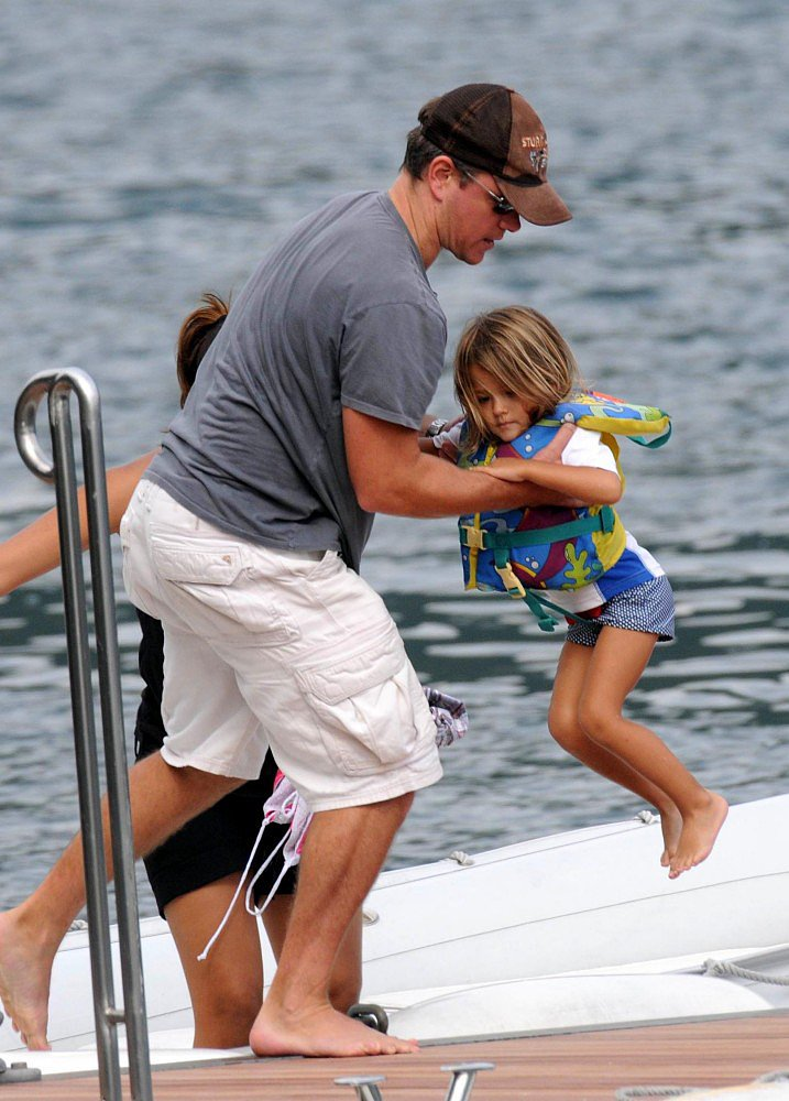 Matt Damon Daughters Matt Damon Daughters