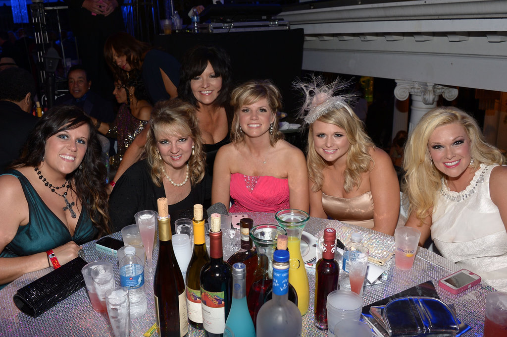 Miranda Lambert hung out at a table of friends at the Barnstable Brown Gala on Friday.