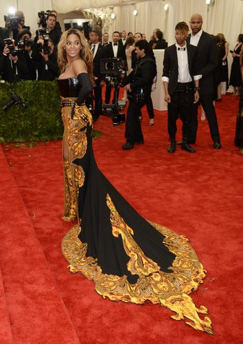 Beyoncé Knowles at the Met Gala 2013.