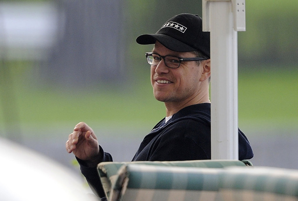 Matt Damon chatted with friends.