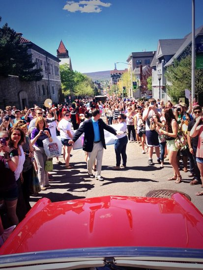 John Krasinski captured this cool shot behind his parade car in the Scranton celebration of The Office finale. Source: Twitter user johnkrasinski
