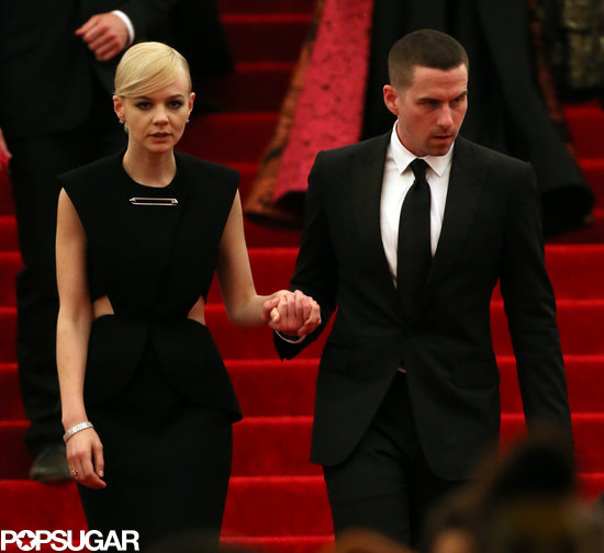 Carey Mulligan had a helping hand while walking down the steps after the Met Gala.