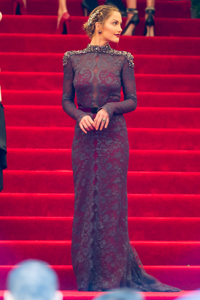 Minka Kelly looked regal on a grand staircase landing.