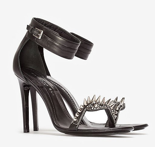 We don't need a red carpet — like Gisele Bündchen at the Met Gala — to rock spiked heels. With these Barbara Bui spike metal sandals ($795) on, no one, we mean no one, will mess with you.