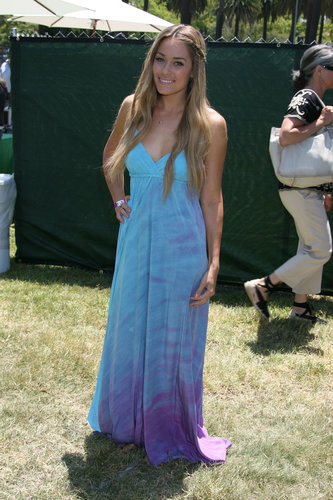 Donning a tie-dyed maxi with breezy beach waves and a signature braid, Lauren Conrad was the epitome of California cool at an AIDS Foundation party in LA in 2009. Lesson from Lauren: maxi dresses transition easily from day to night, so make them your Summer go-to.