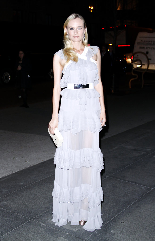 If romance is what you're going for, you'll need ruffles, lots and lots of ruffles. We adored Diane Kruger in her soft grey ruffled Prabal Gurung gown, especially with that metallic-and-white belt.