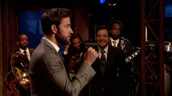 Video: John Krasinski and Jimmy Fallon Lip Sync to Boyz II Men! Plus More Headlines