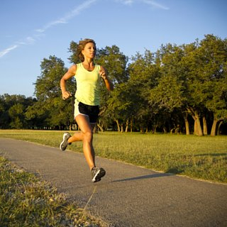 How to Strength Train During Outdoor Runs