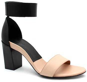 "Chloe ""CH20094"" Black & Nude Leather Ankle Strap Chunky Heel Sandal"