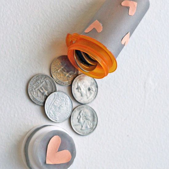 Pill Bottle Quarter Holder