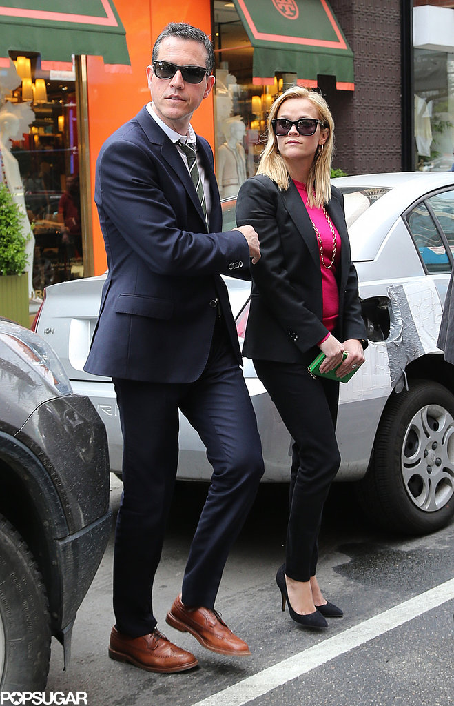 Reese Witherspoon and Jim Toth went shopping in NYC.