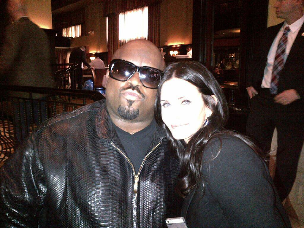 Cee Lo Green snapped a shot with Courteney Cox at TBS's upfronts presentation. Source: Twitter user CeeLoGreen