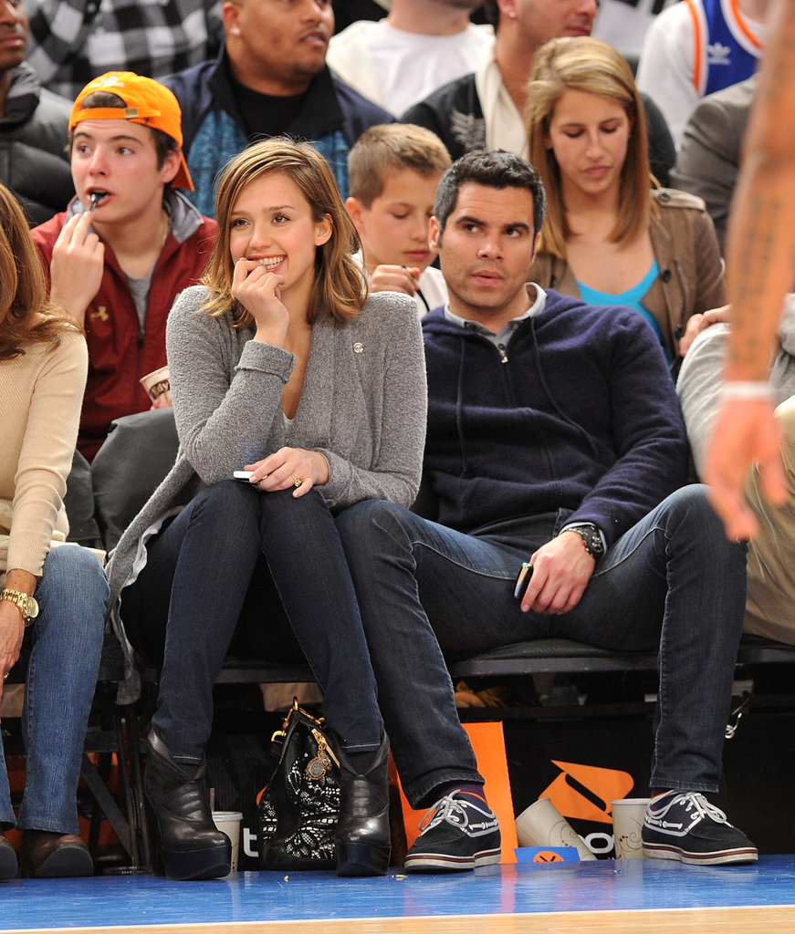 Jessica Alba and Cash Warren watched the New York Knicks take on the Cleveland Cavaliers in NYC in March 2011.