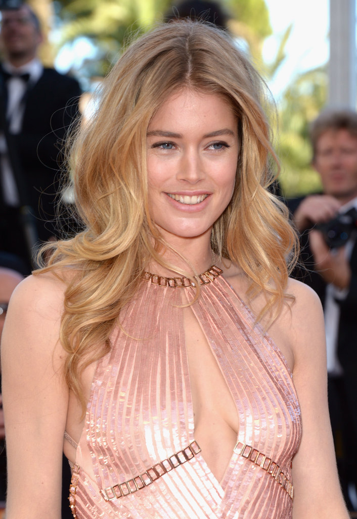 Doutzen Kroes was stunning on the Le Passé red carpet with a hair and makeup look that allowed her natural beauty to shine.