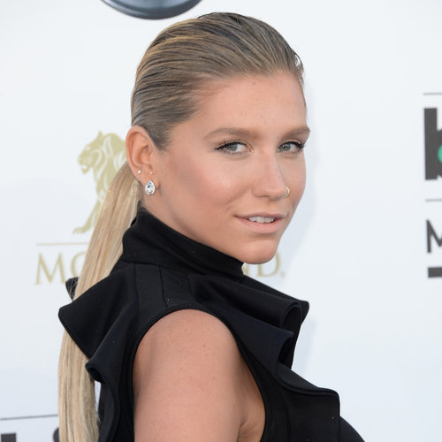 Kesha Hair and Makeup at Billboard Awards 2013