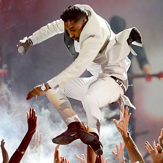Miguel Lands on Fan's Head at 2013 Billboard Awards