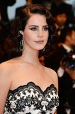 Lana Del Rey opted for vintage-glam again. Well, if it ain't broke. . .