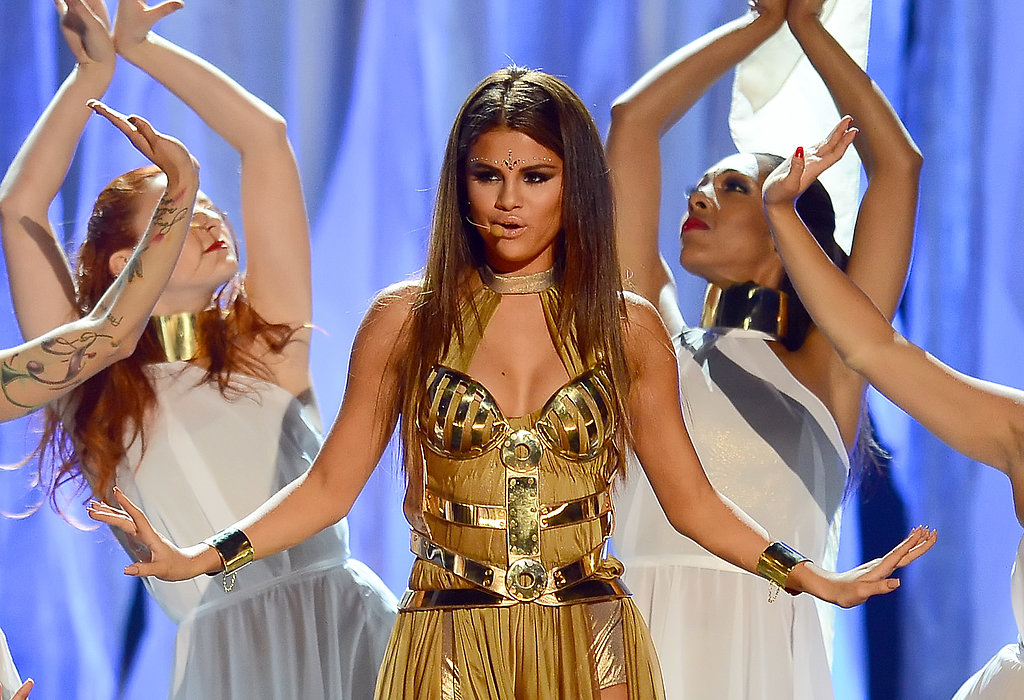 "Selena Gomez performed ""Come & Get It"" at the Billboard Music Awards."
