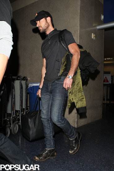 Justin Theroux landed at LAX.