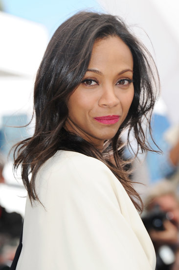 Zoe Saldana was glowing at the photocall for Blood Ties. Her bright pink lipstick and tousled hair were effortlessly sexy.