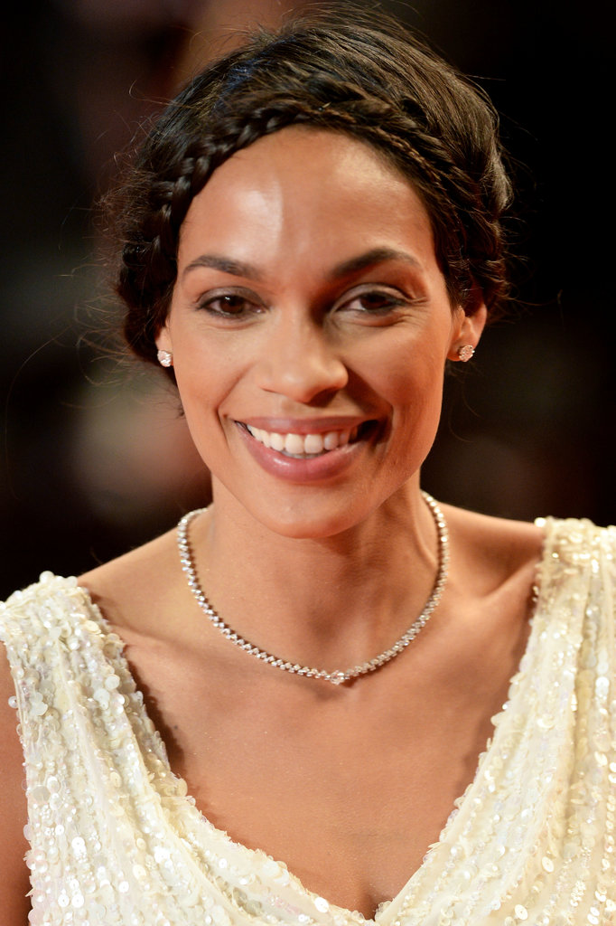 Rosario Dawson wore a diamond necklace and earrings.
