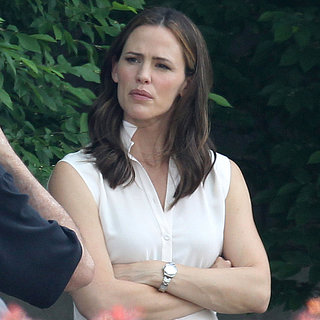 Jennifer Garner on the Draft Day Set | Pictures