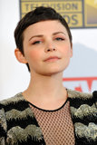 Ginnifer added high-pigment salmon eye shadow to an otherwise neutral makeup palette at the 2012 Critics' Choice Awards.
