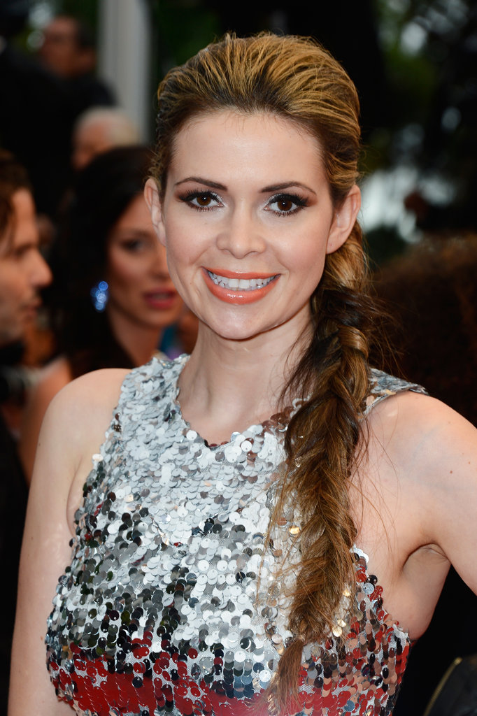 Carly Steel wore a mussed fishtail braid and a pop of orange lip gloss to the All Is Lost premiere.