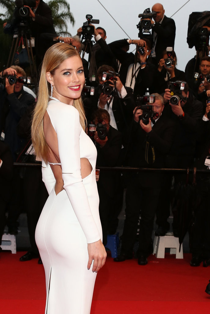Doutzen Kroes wore white to the premiere of Jimmy P. (Psychotherapy of a Plains Indian).