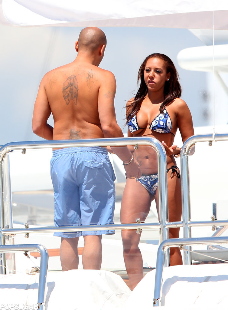 Mel B wore a bikini while she chatted with her husband, Stephen Belafonte.