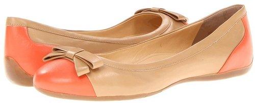 Ivanka Trump - Monroe2 (New Beige) - Footwear
