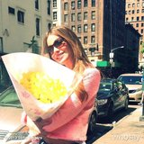 Sofía Vergara brightened up her NYC Memorial Day with yellow flowers.  Source: Instagram user sofiavergara