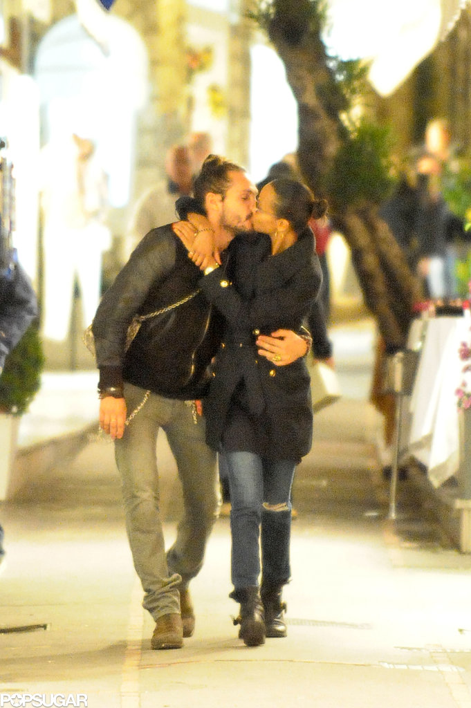 Zoe Saldana and Marco Perego kissed on the streets of Capri.