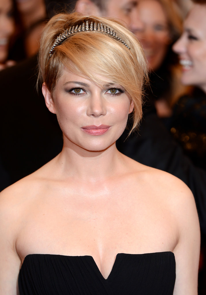 Michelle Williams's pixie cut, which she often wears in an asymmetrical fashion, is another iconic option.