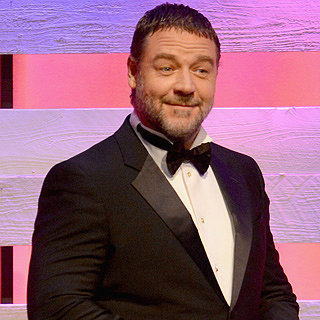 Best Funny Celebrity Tweets: Russell Crowe, Chrissy Teigen