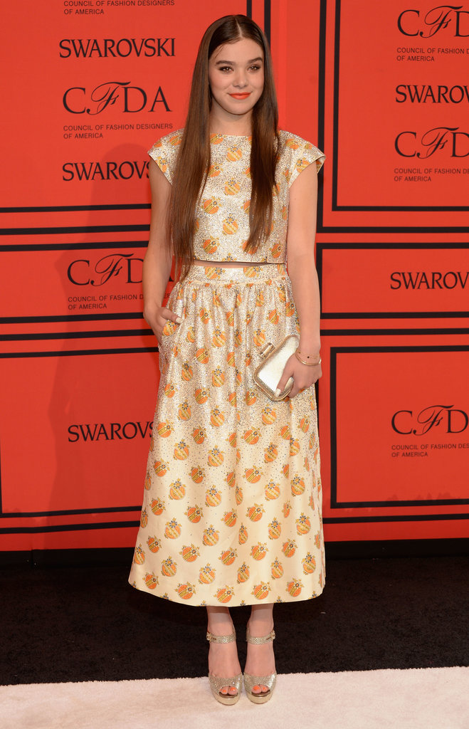 Hailee Steinfeld wore a two-piece look by Suno.