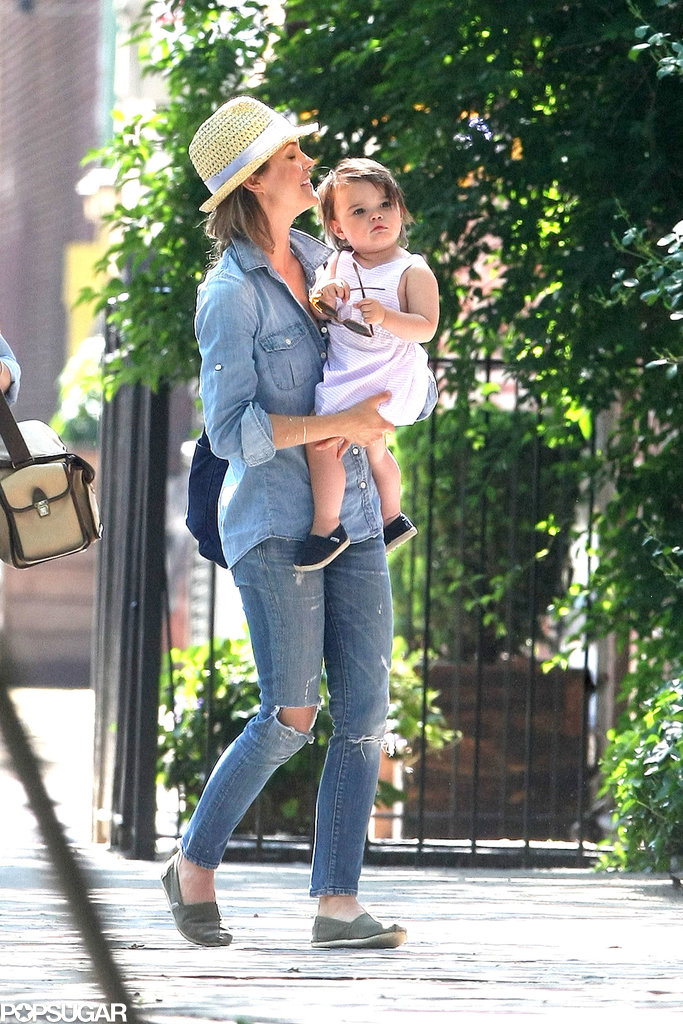 Keri Russell took her daughter out in NYC.