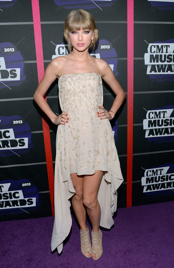 Taylor Swift at the 2013 CMT Awards.