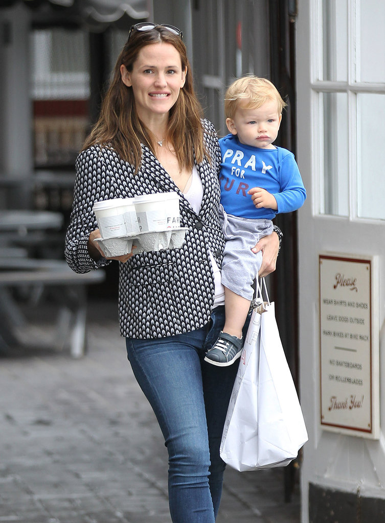 Jennifer Garner carried her son, Samuel Affleck.