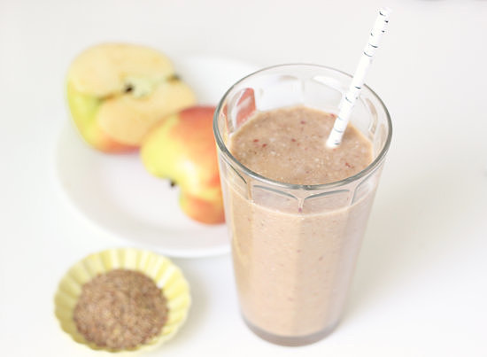 Apple Cinnamon Flaxseed Smoothie