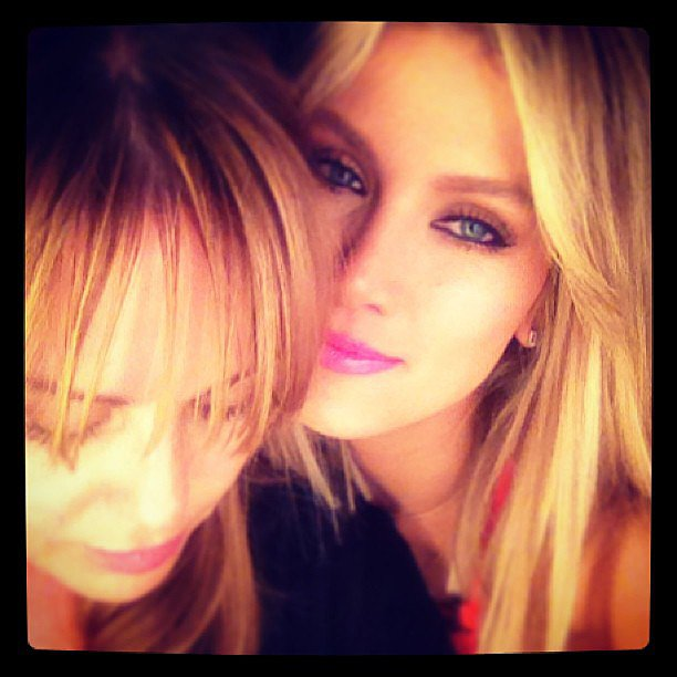 Delta Goodrem snuggled up to her makeup artist Noni Smith. Source: Instagram user deltagoodrem
