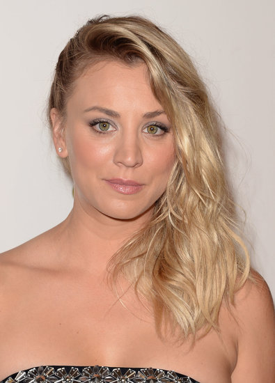 Kaley Cuoco opted for a faux-undercut hairstyle, which she accented with beachy waves. A neutral makeup palette finished the look.