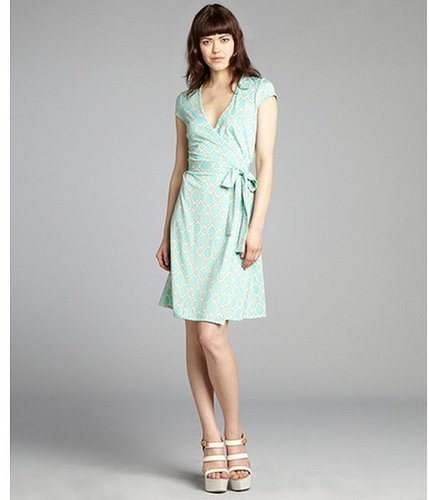 JB by Julie Brown mint and cream printed jersey knit cap sleeve wrap dress